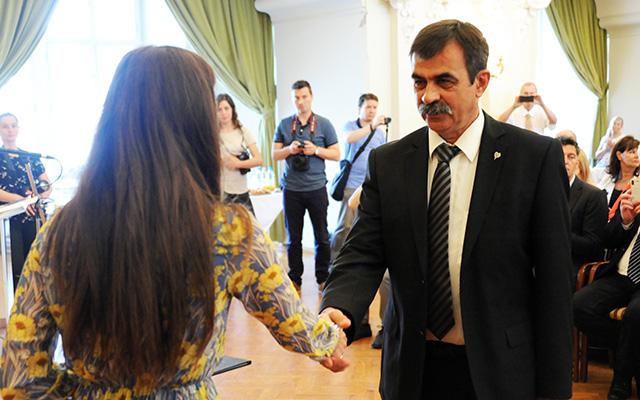 Kerületi pedagógusok részesültek fővárosi elismerésben